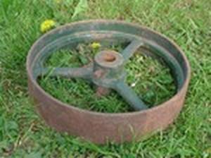 Cast iron pulley wheel
