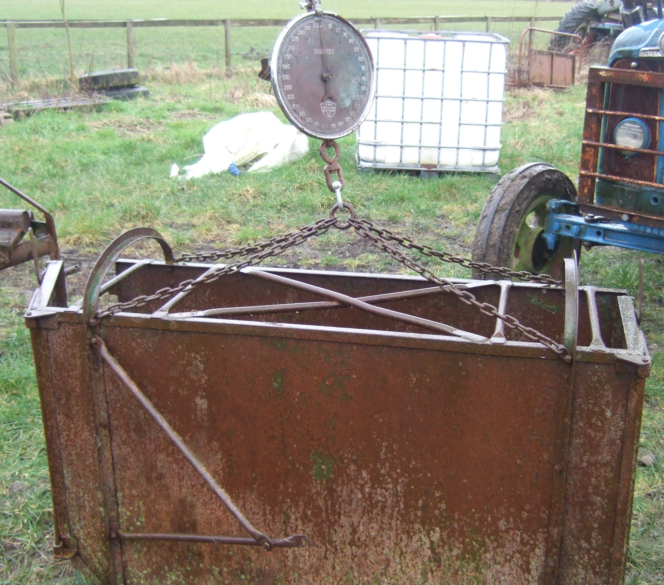 Vintage sheep and lamb weigh crate