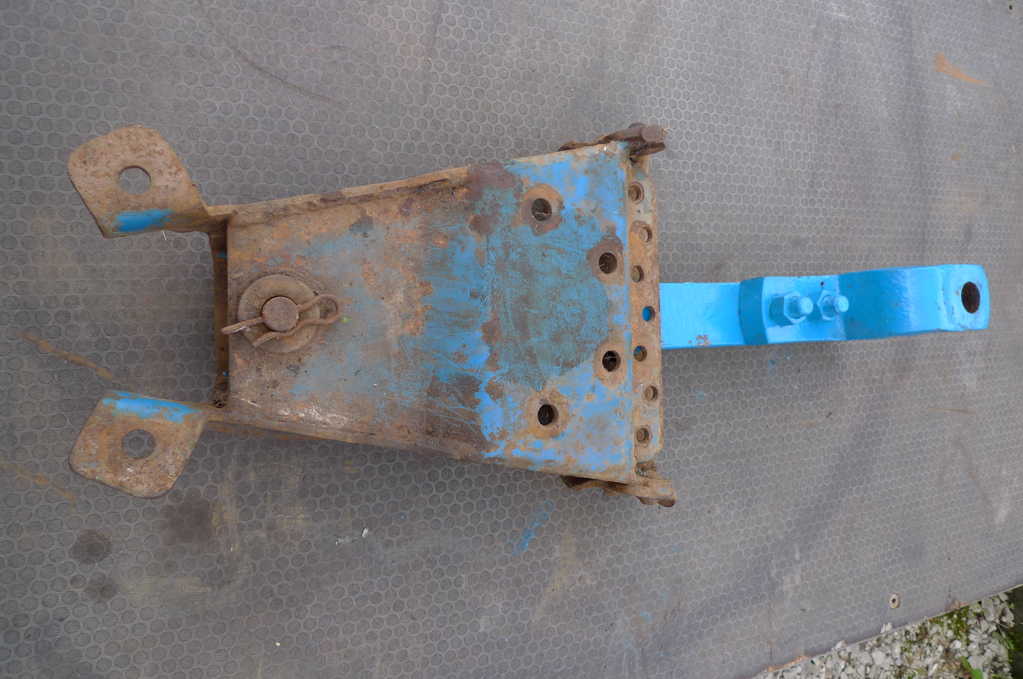 Ford drawbar and carrier