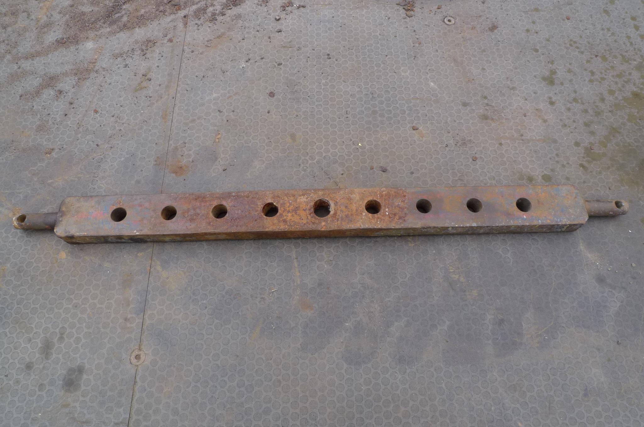 Nine hole draw bar